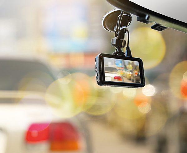 7 essentials when fitting a dash-cam